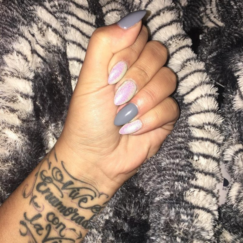 grey manicure nails